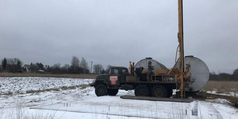 Бурение скважины в Островском районе Псковской области